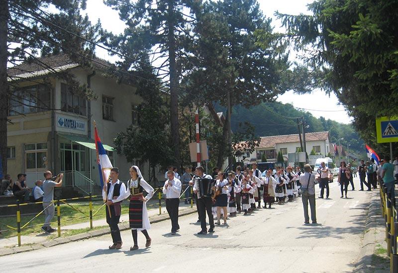 POTAM POVAM: Održana smotra folklora u Peckoj